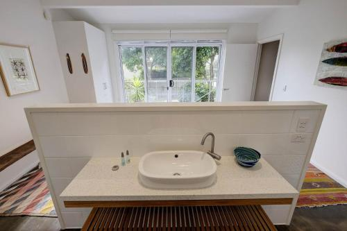 A bathroom at AMANZI