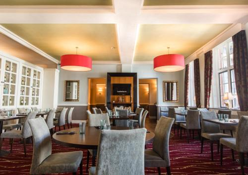 A restaurant or other place to eat at Derby Midland Hotel, BW Signature Collection