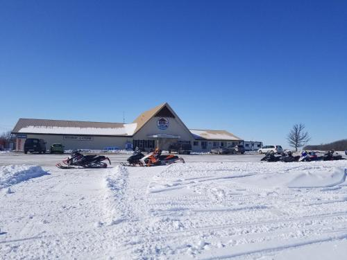 HWY6HOTEL during the winter