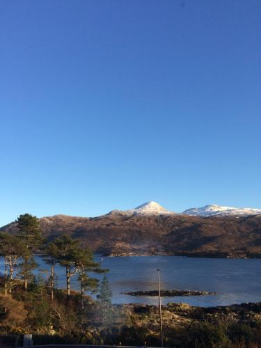 Lochalsh View en suite Kyle near Skye