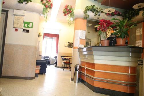 منطقة الاستقبال أو اللوبي في Hotel Mazzini