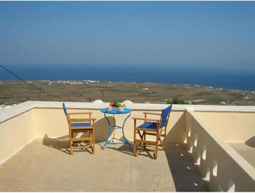 A balcony or terrace at Panorama Oia Apartments