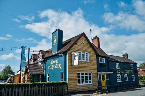 Royal Forester Country Inn