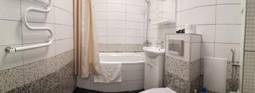 Ванная комната в Apartment on Mosina 10