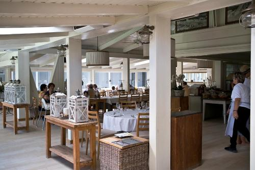 A restaurant or other place to eat at Villa GILDA Relax & Living