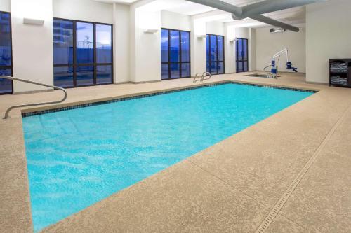 佩吉鮑威爾湖溫蓋特溫德酒店游泳池或附近泳池