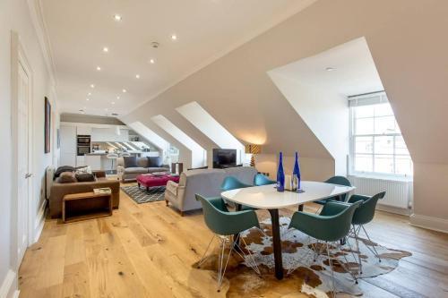ALTIDO 5 Star Luxury Apartment