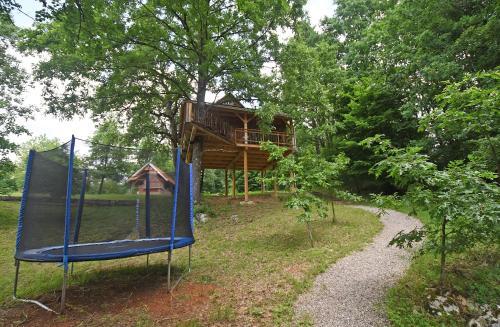 Dječje igralište u objektu Treehouse Resnice -Mrežnica