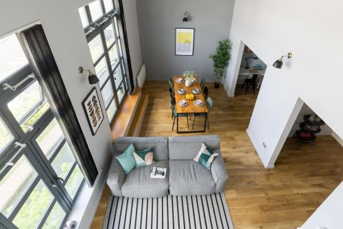 4B Loft Penthouse Industrial decor with canal & city views