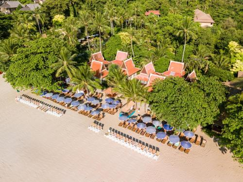 Een luchtfoto van The Fair House Beach Resort & Hotel