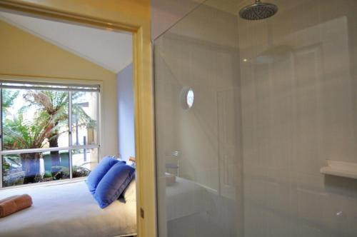 A bathroom at THE SAILS 4 - CENTRAL LOCATION