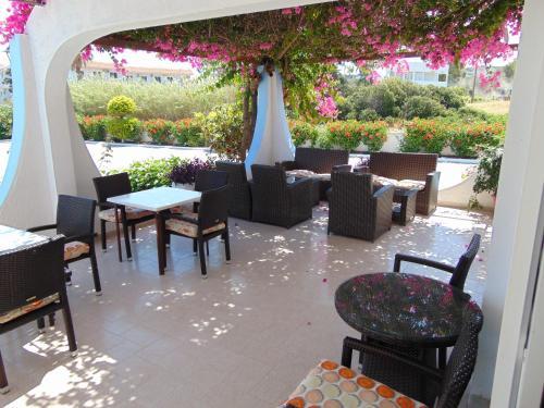 Εστιατόριο ή άλλο μέρος για φαγητό στο Nirvana Beach Hotel