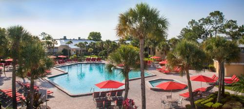 A view of the pool at Wyndham Orlando Resort International Drive or nearby