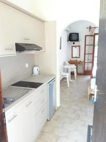 Ett kök eller pentry på Studios Dimitris