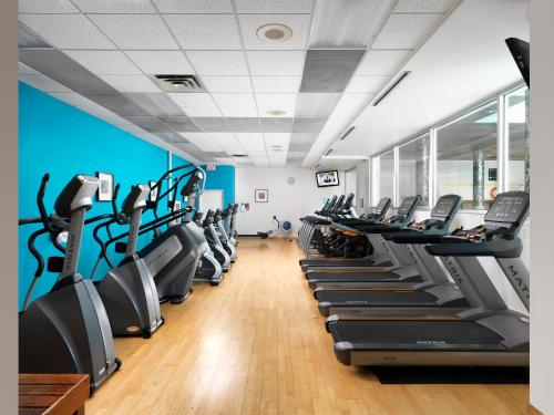 The fitness center and/or fitness facilities at Hotel Grand Pacific