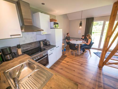 Küche/Küchenzeile in der Unterkunft AquaMagis Resort
