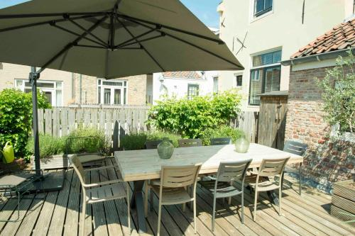 A porch or other outdoor area at Logement 't Oude Bierhuys