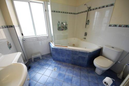 A bathroom at Seabreeze 3 at South West Rocks