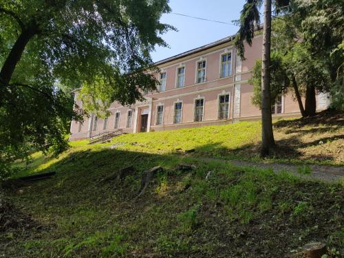 Budova, v ktorej sa hostel nachádza