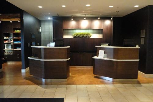 The lobby or reception area at Courtyard by Marriott Owensboro