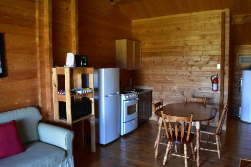 A kitchen or kitchenette at The Markland