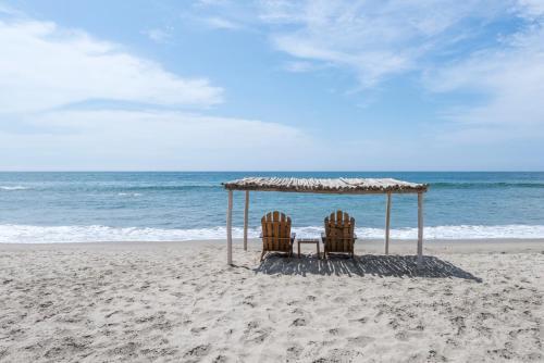Ein Strand an oder in der Nähe des Hotels
