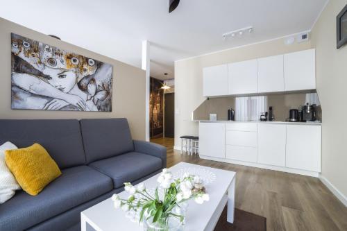 A seating area at Apartament Bimba - Free Parking