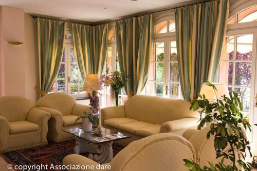 Гостиная зона в Hotel Villa Leri SPA