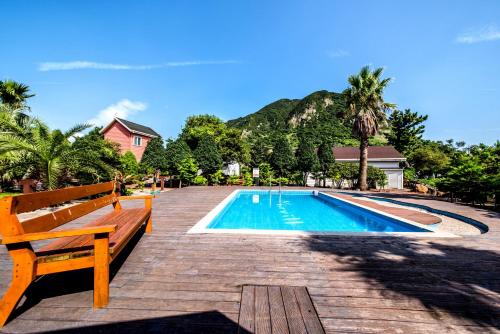 The swimming pool at or near Mirvill Pension & Resort