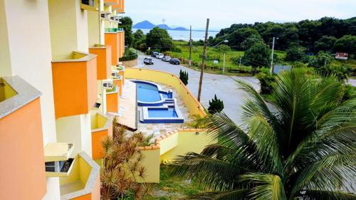Uma vista da piscina em Hotel Canto da Riviera ou nos arredores