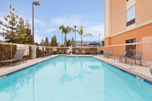 The swimming pool at or near Hampton Inn & Suites Clovis