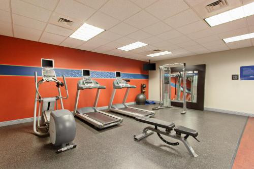 The fitness center and/or fitness facilities at Hampton Inn & Suites Clovis