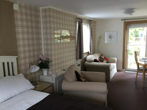 A seating area at Ingleneuk Bed and Breakfast