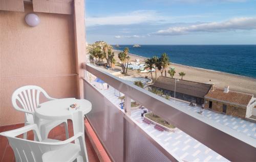 A balcony or terrace at Apartamentos Chinasol