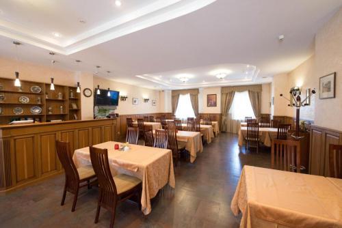 Ресторан / где поесть в Отель Европа