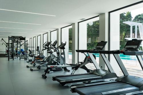 The fitness centre and/or fitness facilities at Grande Hotel De Luso