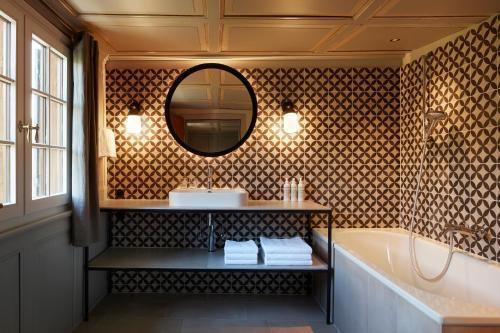 Ein Badezimmer in der Unterkunft Gasthof Hirschen Schwarzenberg