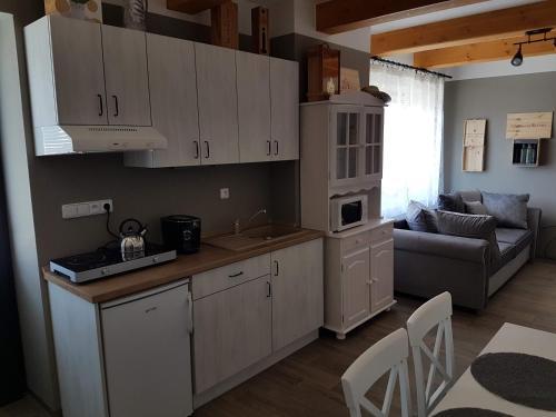 Kuchyň nebo kuchyňský kout v ubytování Viñas