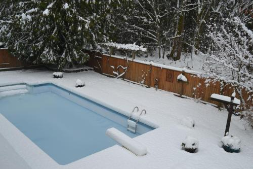 A view of the pool at At Restawhile B&B or nearby