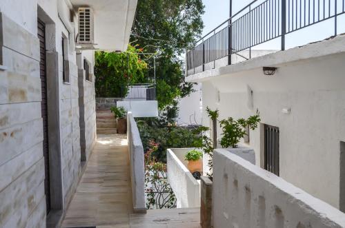 A balcony or terrace at Kalypso