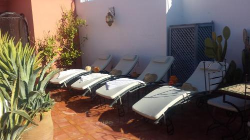 Spa and/or other wellness facilities at Riad Alida