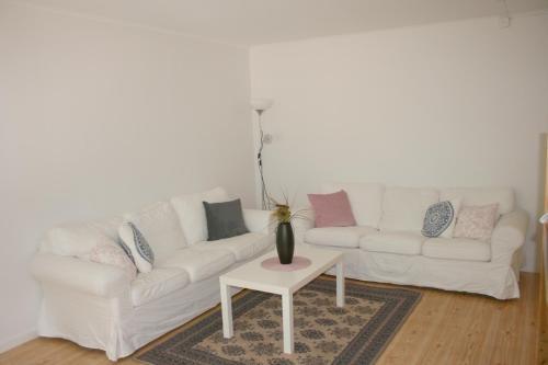 En sittgrupp på Borggården Apartment