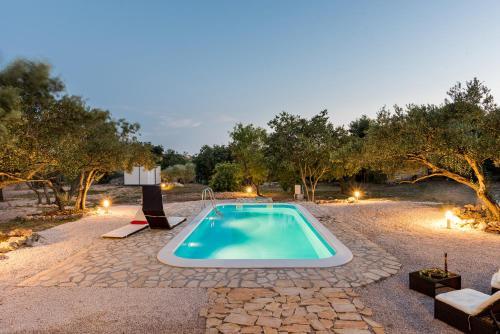 Bazen u objektu Authentic Camping Dalmatia ili u blizini