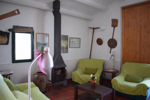 A seating area at Lo Mas de Suriaca
