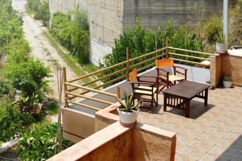 Un balcon sau o terasă la Sky-Line Apartments