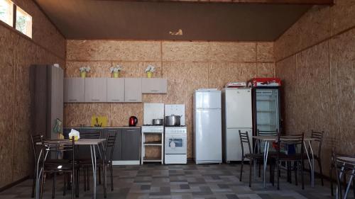 Кухня или мини-кухня в МОРЕАН