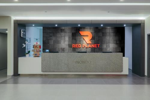 The lobby or reception area at Red Planet Manila Binondo
