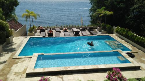 A view of the pool at Ocean Resort Amed or nearby