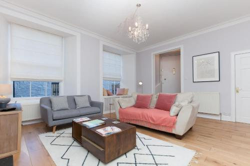 2 Bedroom Apartment In New Town