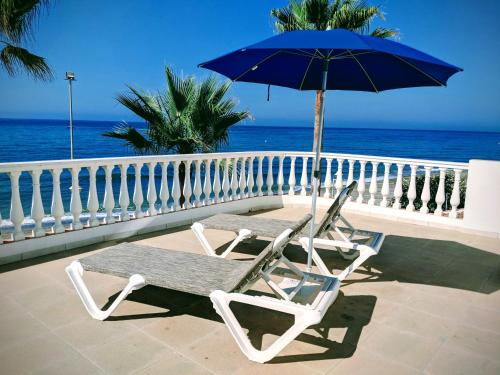 A balcony or terrace at Apartamentos Perla Marina